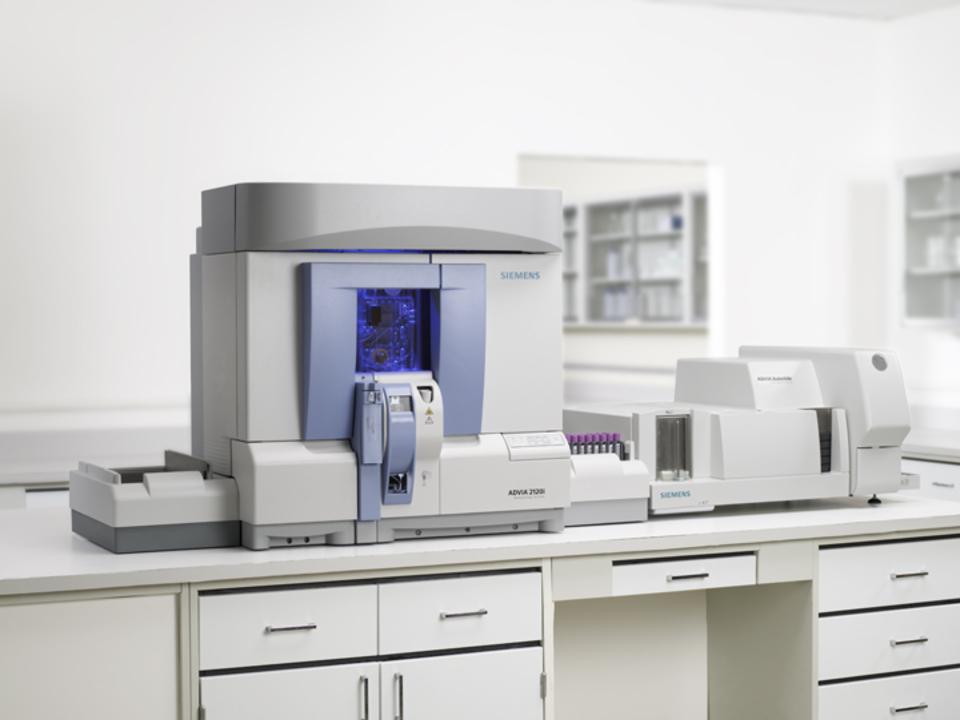 Máy xét nghiệm huyết học 33 thông số SIEMEN ADVIA 2120I